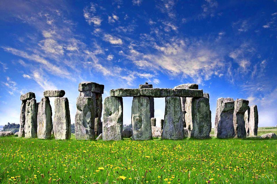 استون هنج (Stonehenge)