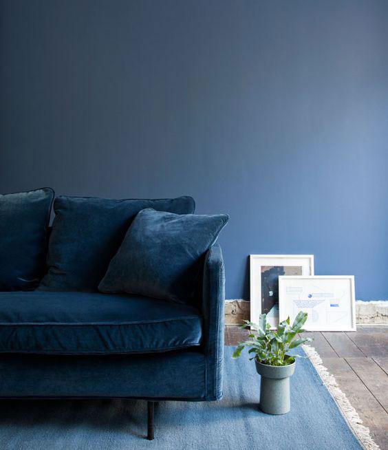 Blue in decor